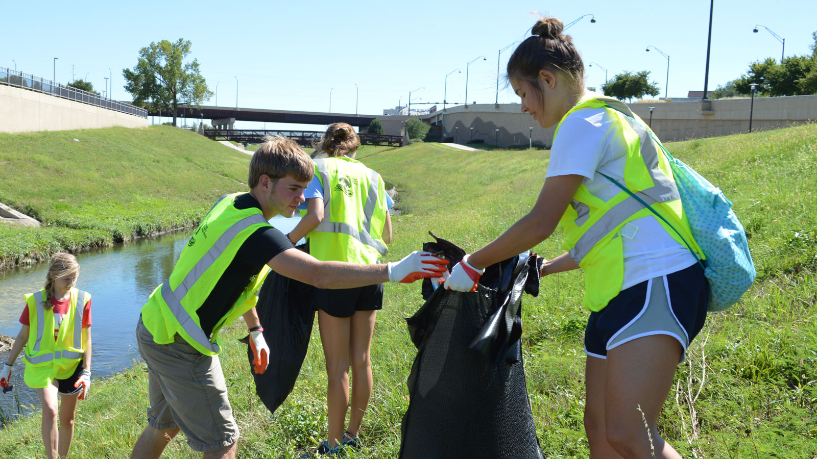 Students volunteering for National Day of Service