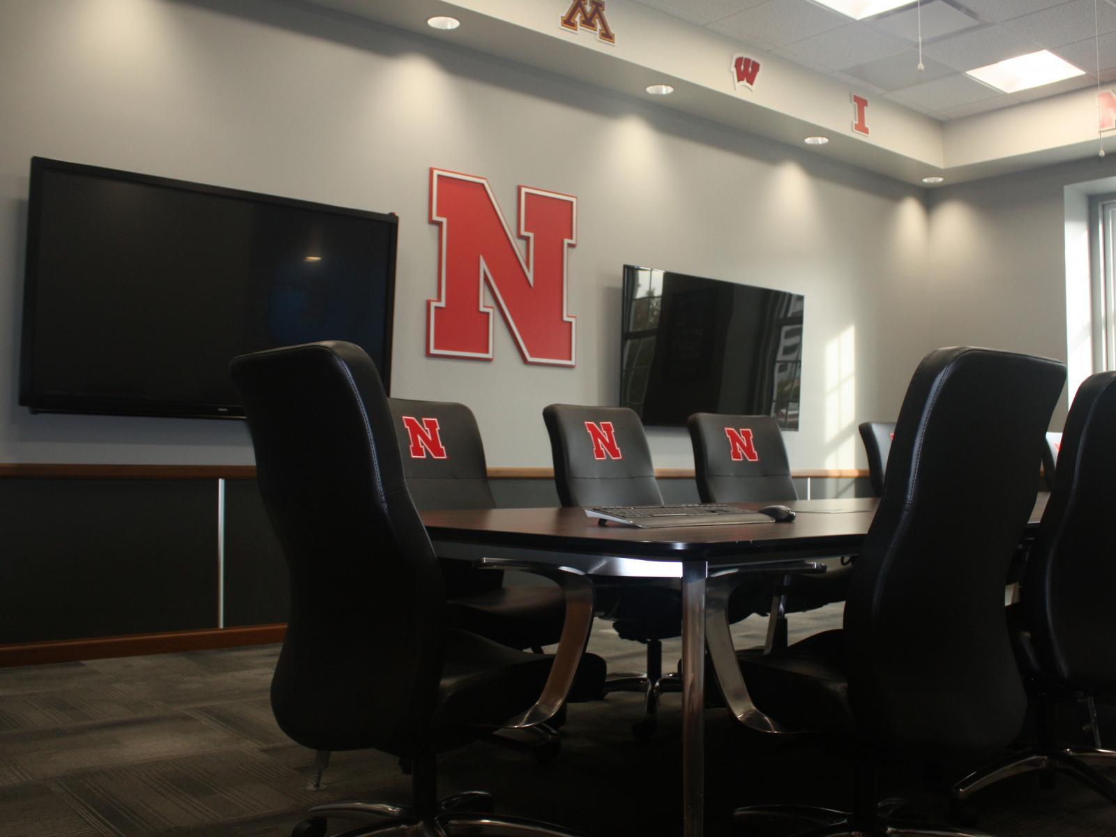 New Meeting Room In The Nebraska Union Honors Big Ten Student - Office furniture lincoln ne