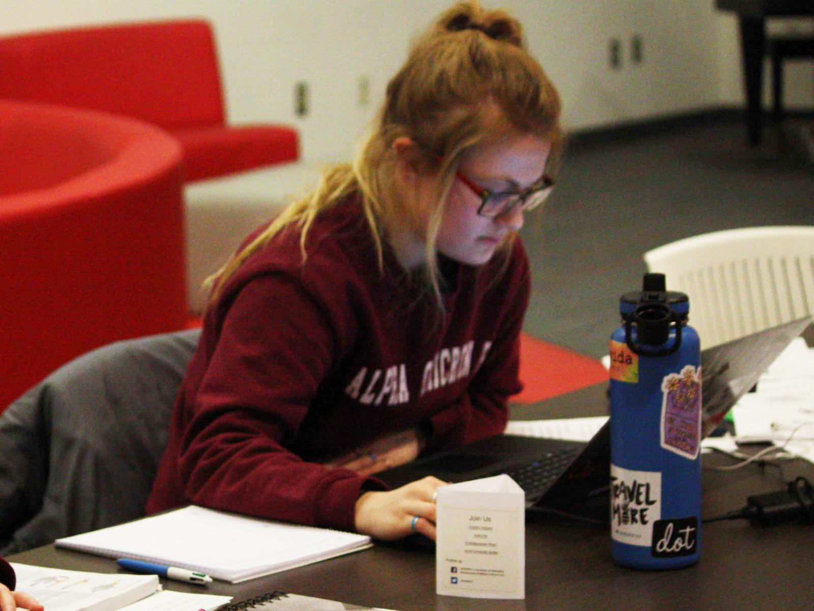 Sorority member studies in the Nebraska Union